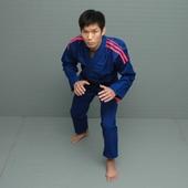 柔術着・MMAウェア・プロテクターで世界的ブランド・アディダスの柔術衣
