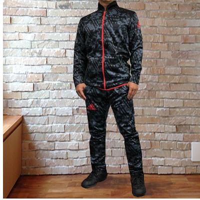 柔術着・ラッシュガード・ファイトショーツで世界のブランド・アディダス adidasのパーカーセットアップ